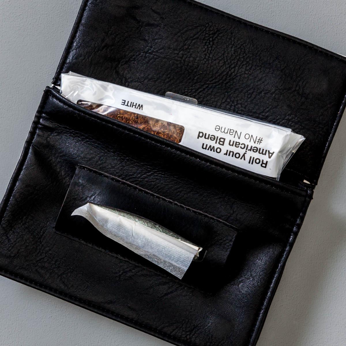 Porta Tabacco Bianco Aperto