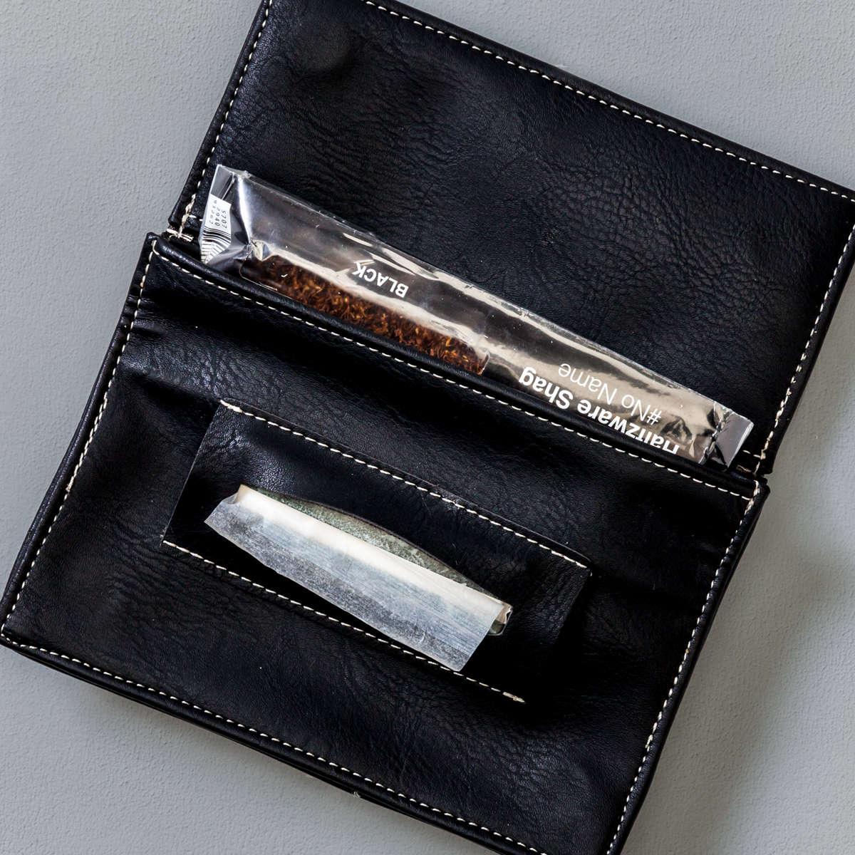 Porta Tabacco Nero Aperto